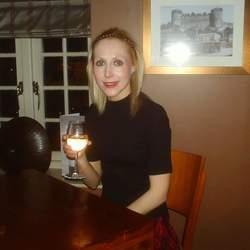 Kimberly (32)