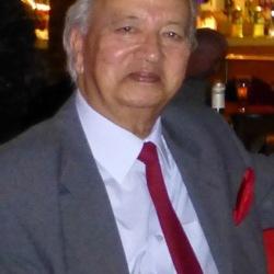 Claude (74)