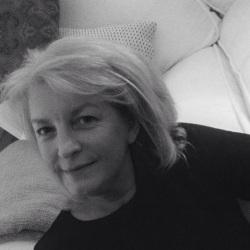 Linda (60)
