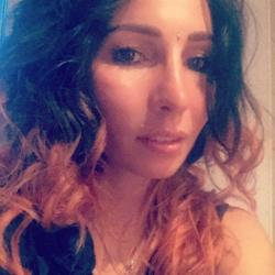 Ancoush is looking for singles for a date