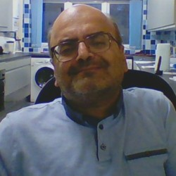 Mayur is looking for singles for a date