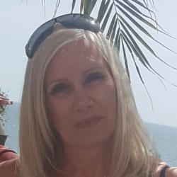 Maria (46)