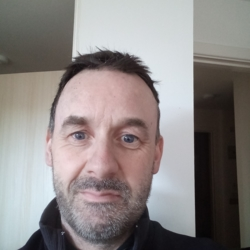 Barry is looking for singles for a date