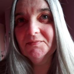 Lesley (57)