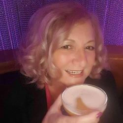 Patricia (65)