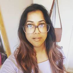 Sandhya is looking for singles for a date