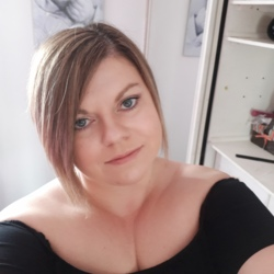 Heather is looking for singles for a date