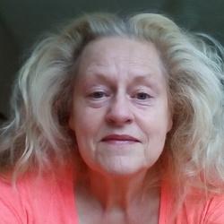 Deborah (60)