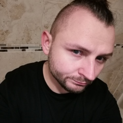 Radek is looking for singles for a date