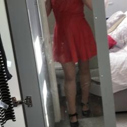 Photo of Brunette
