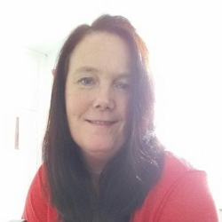 Tanya is looking for singles for a date