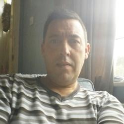 Roger (51)