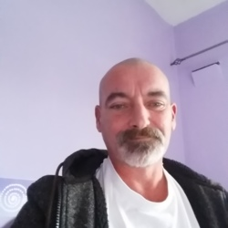 Ian is looking for singles for a date