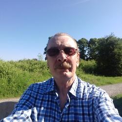 Robert (66)