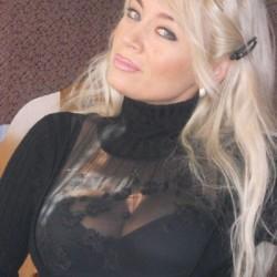 sexting  Alexandra in Rhosmaen
