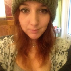 Stephanie is looking for singles for a date