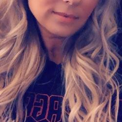 Rebecca, 30 from California
