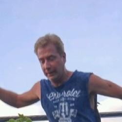 Roger (49)