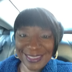 Twynette is looking for singles for a date