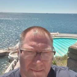 Widower is looking for singles for a date
