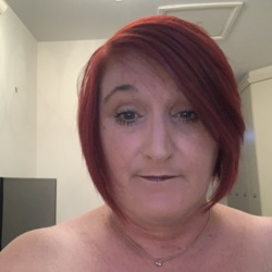 Kate is looking for singles for a date